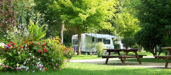 Camping Municipal Les Coullemières, Vermenton