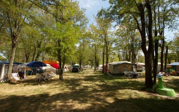 Camping Le Peyroche, Labeaume