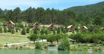 Camping Huttopia Dieulefit, Dieulefit